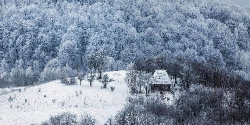 sneeuwwandelen in het apuseni gebergte roemenie (2)